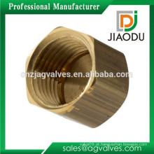 Taizhou fabricante preço competitivo personalizado fêmea rosqueado forjado tampa de latão