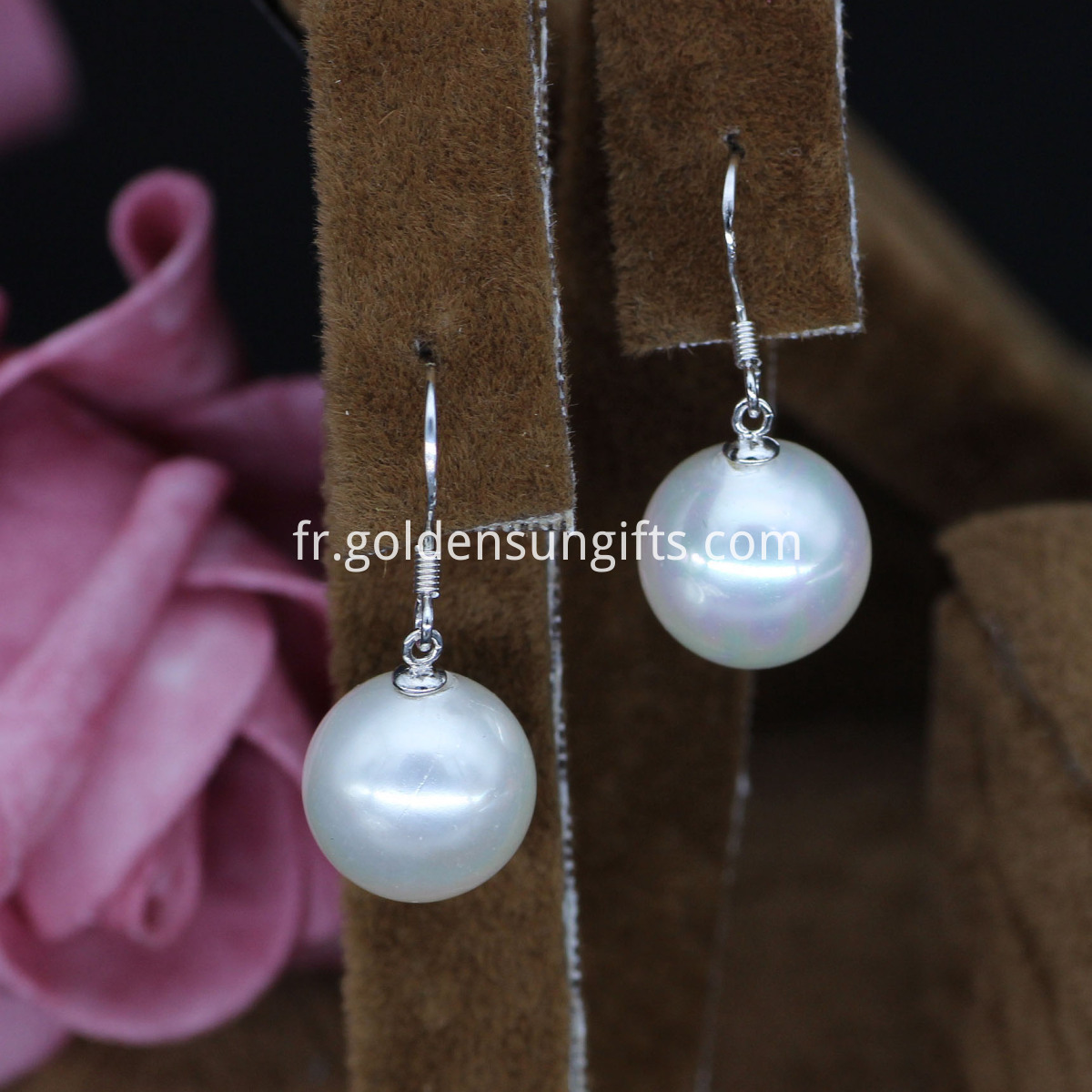 Big Shell Pearl Earrings
