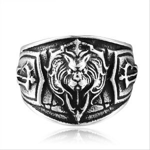 Fashion forest lion king badge ring