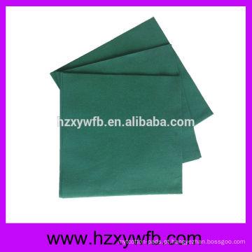 Guardanapos de papel de um guardanapo de papel de Airlaid da dobra