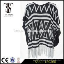 Jersey listrado tingido triângulo geométrico preto e branco lenço de acrílico com borlas brancas longas