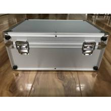 Boîtier d'instrument en aluminium avec insert en mousse éponge
