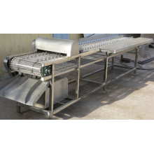 Chicken Slaughtering Machine: Chicken Claw Cutting Machine