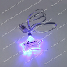 Pin clignotant LED, cadeau promotionnel, collier LED personnalisable