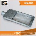 Boîtiers de moulage sous pression d'alliage d'aluminium pour la lampe de route faite en Chine