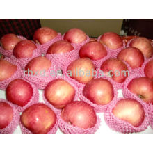 свежие juji красное яблоко