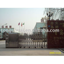 retractable folding gate