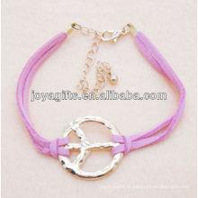 Bracelet en cuir rose avec symbole de paix en alliage
