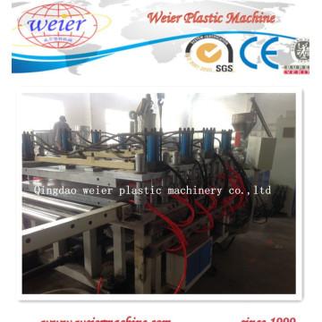 Línea de producción de tableros de espuma con costra de PVC