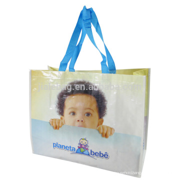 Simple printed foldable bags for shopping in the vegetable market