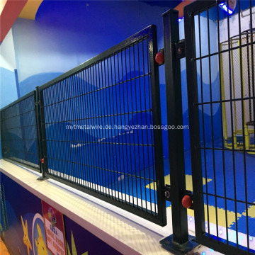 Grüner PVC-geschweißter Sicherheits-Drahtgeflecht-Zaun