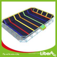 Prix de l'équipement de parc de trampoline d'intérieur de prix usine