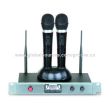 UHF 800MHz Band PLL Frequency Synthesized, One with One UHF Wireless Microphone System