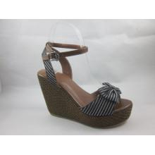 2016 novas senhoras sandálias de design pedaço (hyy03-045)