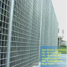 Galvanizado en caliente barra acero cercas de reja de seguridad