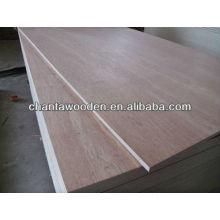 Linyi contreplaqué commercial bon marché / feuilles de contreplaqué utilisées