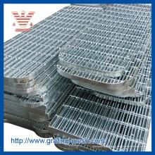 Standard / galvanisé / dentelé / simple / grille en acier