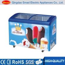 Морозильная камера для мороженого с изогнутой стеклянной дверцей