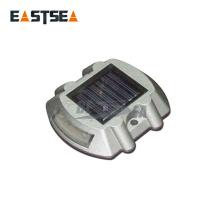 Verkaufe an Global White / Yellow Solar 4/6 Flash LED Reflective Road Stud