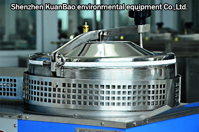 Industrial Cleaning Solvent Recycling Unit