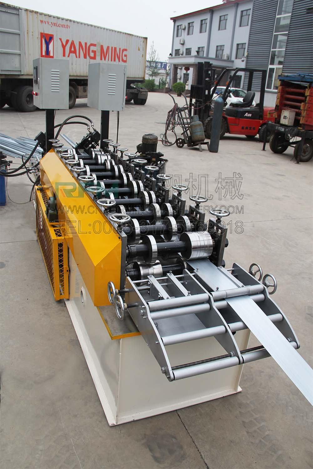 C Shaped Metal Studs Roll Forming Machine