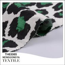 El algodón hermoso barato de la fábrica de China teñió la tela del algodón del 30% el poliéster el 70%