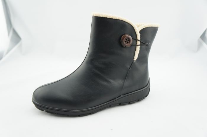pansy winter boots black