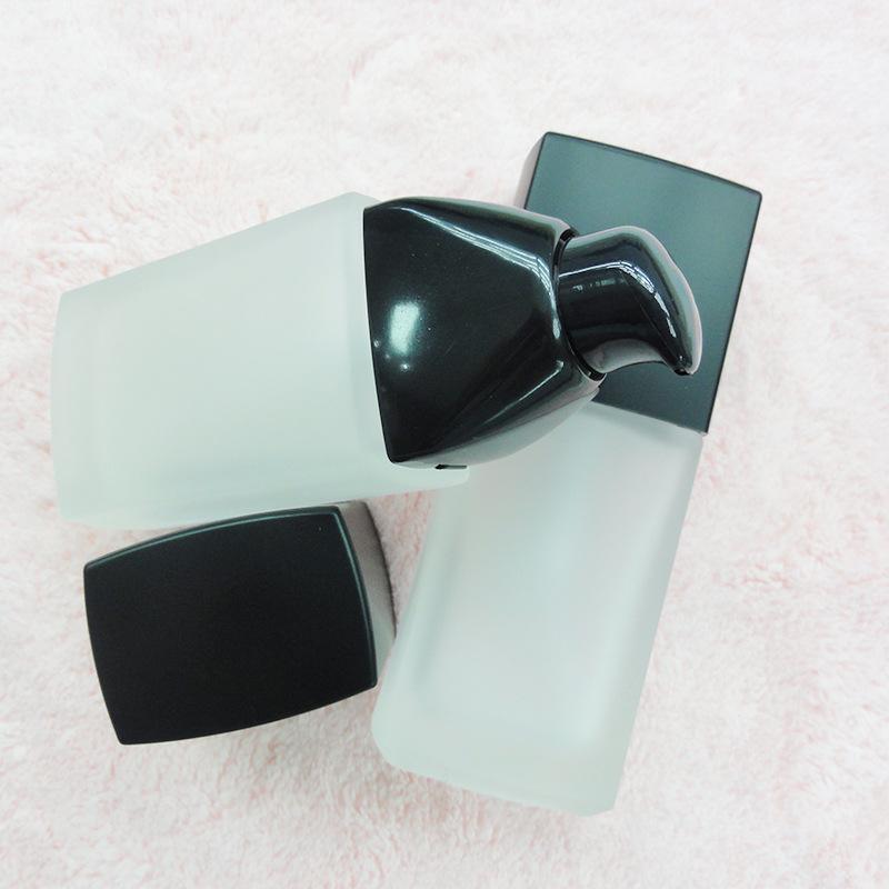 30ml white liquid foundation head glass lotion bottle