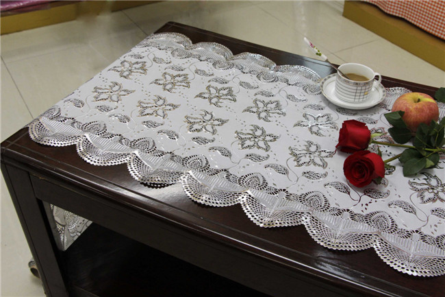 50cm Long Lace Gold/Silver PVC Vinyl Crochet Tablecloth