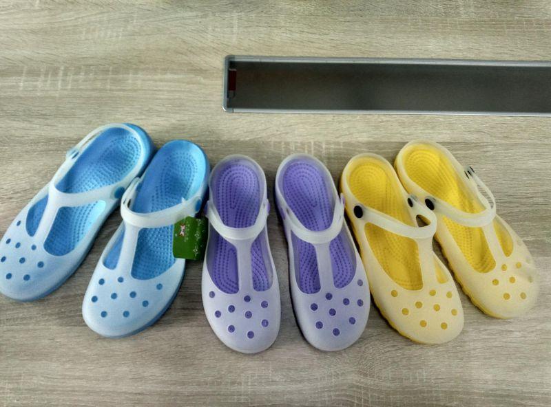 6 Station EVA Crocs /Garden Shoes Foaming Injection Machine