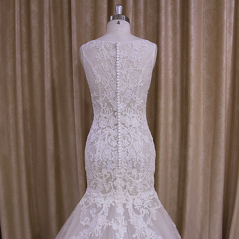 Sleeveless Perspective Lace Applique Mermaid Tail Wedding Dress