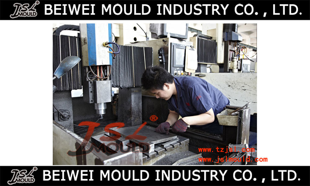 Injection Plastic Car Licence Plate Frame Mould