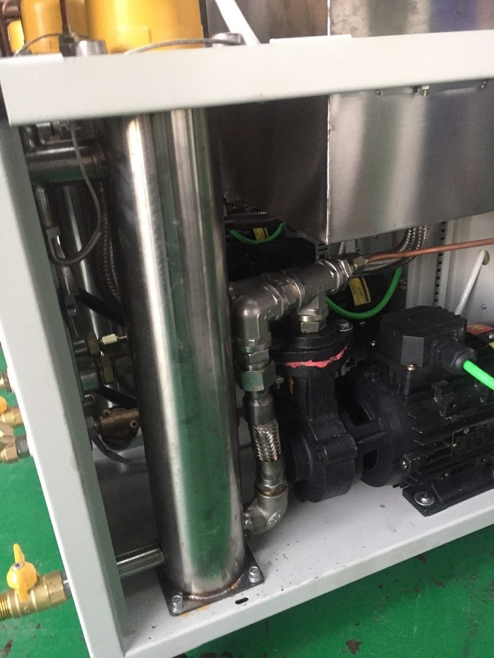 Mould Sweat Dehumidifiers for Pellet and Plastic Extruder