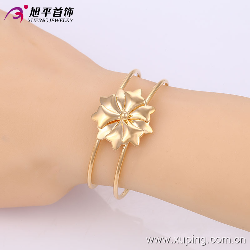 Xuping Fashion Simple Gold-Plated Flower Imitation Jewelry Baby Bangle (51342)