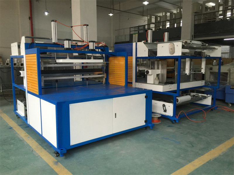 St1260 Big Plate Shrink Wrapping Machine