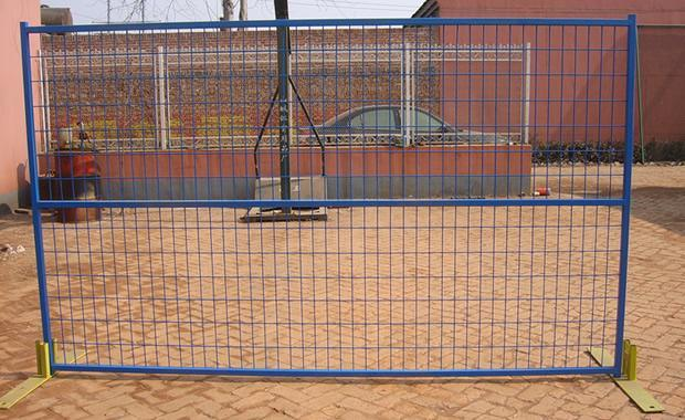 Hot Sale PVC Coated Fence Temporary Fence with Support