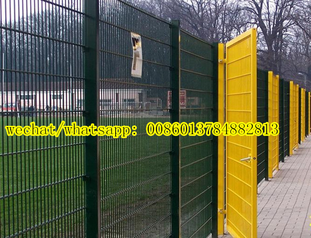 Welded Mesh Panel with Small Mesh Opening