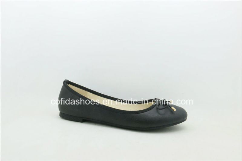 New Europe Popular Flat Comfort Fashion Lady Shoe