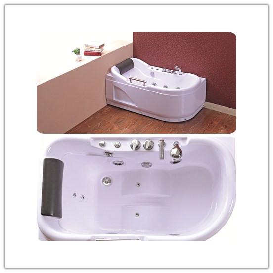 Nice Design Cheap Massage Bathtub with Handle (TLP-683)