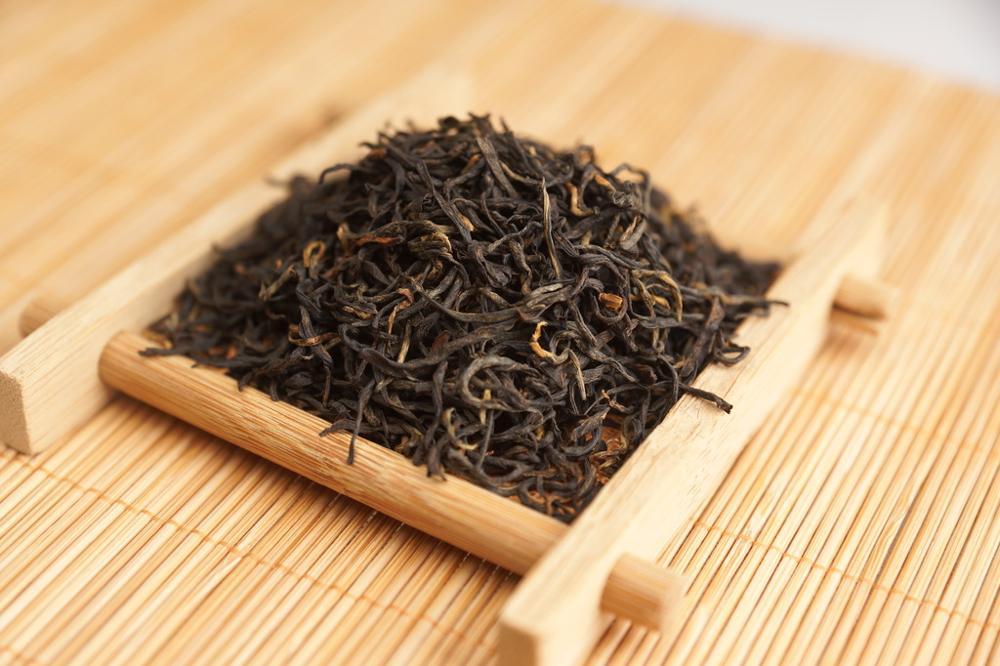 Instant black tea