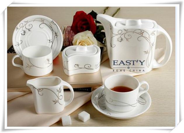 Wholesale High Quanlity Porcelain Dinnerware Set Bone China Coffee Cup Set