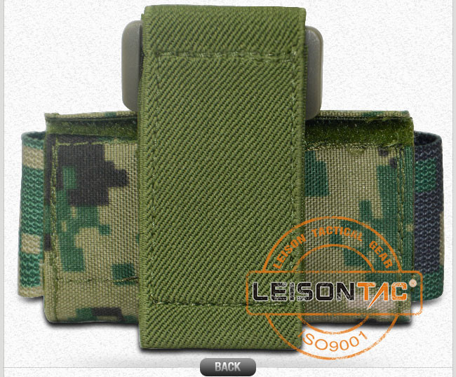 Tactical Wrist Pouch Adopts 1000d Nylon Dealt with Waterproof Treatment