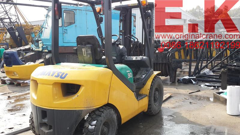 Japan Forklift Komatsu 3 Ton Diesel Forklift Used Forklift (FD30)