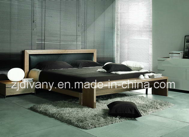 Classic Series Wood Leather Bedroom Bed (MZ-B0105)