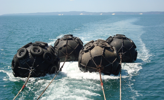 Evergreen Inflatable Marine Rubber Fender for Dock Operation