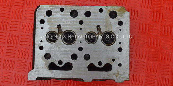 Kubota D1803 Tractor Cylinder Head with Chamber for Kubota D1703 Diesel Engine