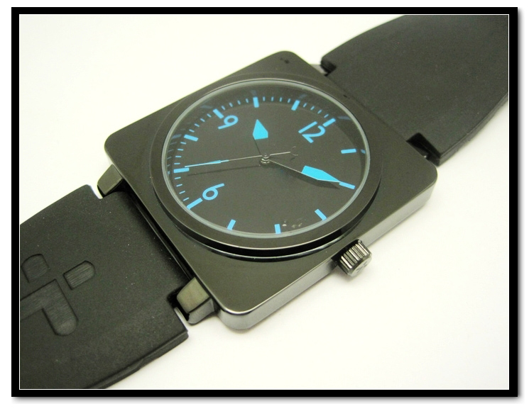 High Quality Men's Business Silicone Band Trap Black Quartz Watch Silicone Watch Strap