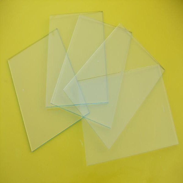 Factory Clear Cutting Sheet Glass Price 50*108mm Welding Goggles Helmet Protection Glass, Hot Sale Clear Sheet Glass 2mm Thickness, High Quality 2mm Clear Glass