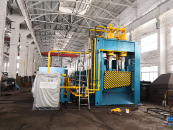 Q91y-630 Heavy-Duty Automatic Guillotine Squeeze Shear for Steel Plate