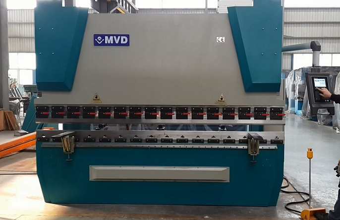 3 Axis 30t/1600 CNC Press Brake with Delem Da52s CNC Press Brake 30 Tons